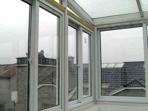 铝合金防火窗在长期使用中该如何保养?